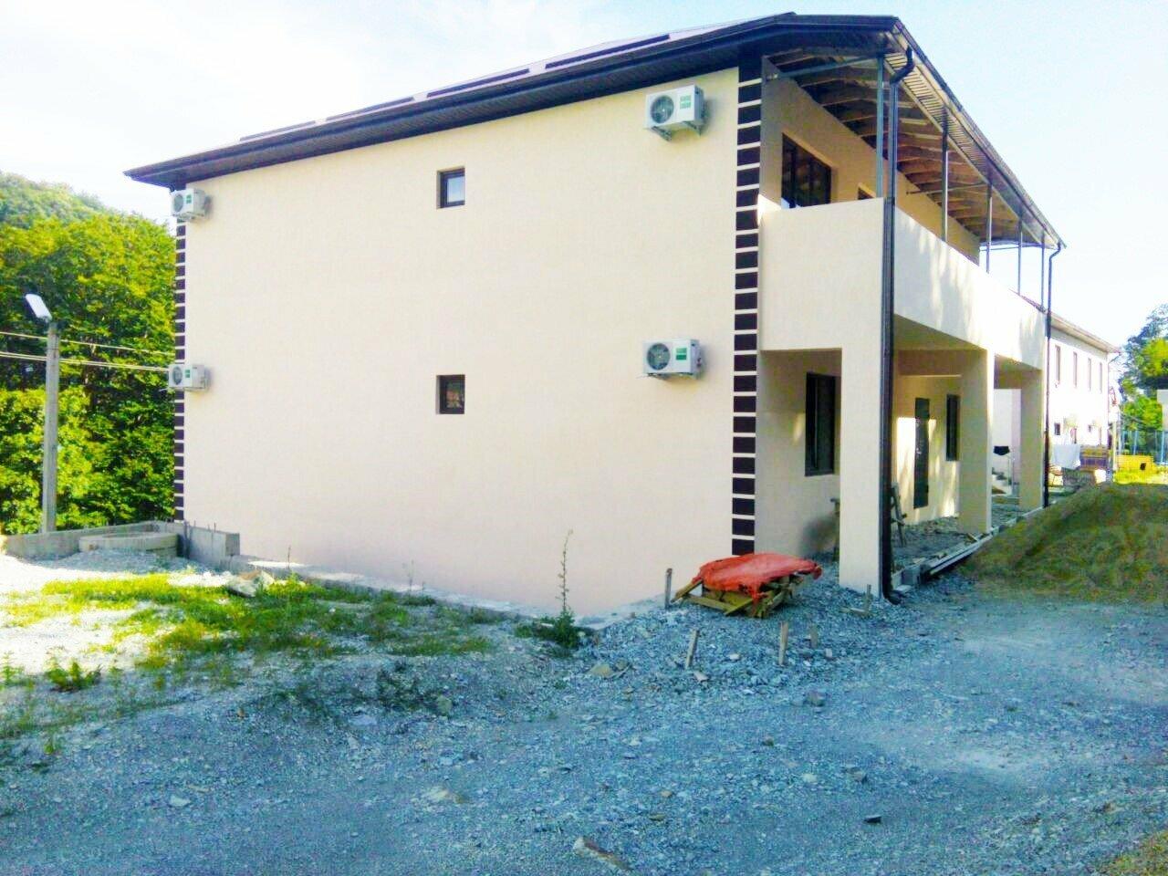 Дом 400 м2 с комнатами для гостей Пляхо